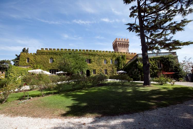 Il castello di Magona