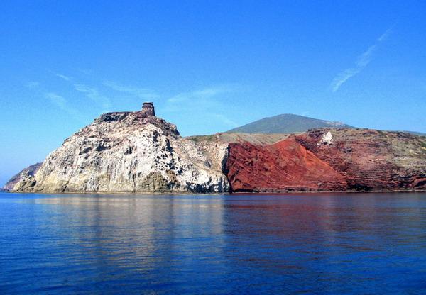 Capraia Island Tour